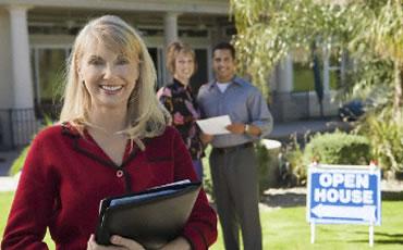 Dar con el precio justo y hacer la vivienda atractiva son las claves para vender más rápido y mejor una vivienda de segunda mano. Imagen en prumt.com.