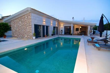 Esta villa en Llucmajor (Baleares) es una de las promociones únicas de segunda residencia que UCC (stand 7B249) trae a  SIMA2016.