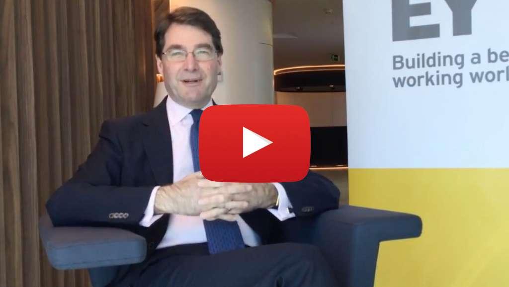 """""""Ni Brexit duro ni blando: La clave es un Brexit inteligente para todas las partes"""". Video entrevista con Roger Cooke, Senior Advisor de EY y ex presidente de la Cámara de Comercio Británica en España"""